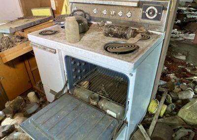 abandoned house oven