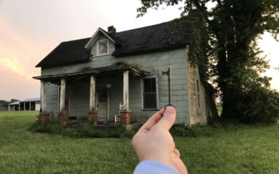 Exploring 1860s Abandoned Farm in Tennessee