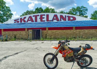 front of skateland in fairborn