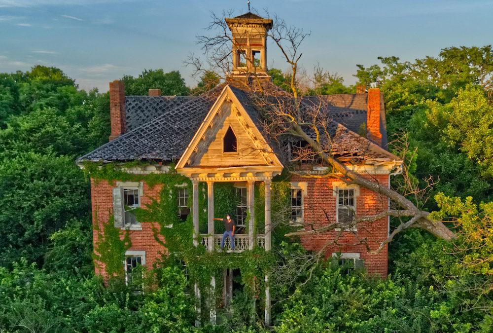 ABANDONED 1860s Victorian Mansion | Ohio Urbex
