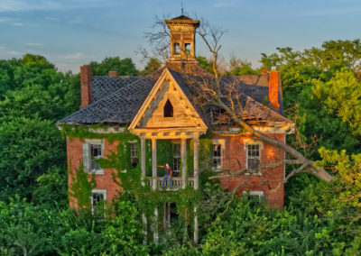 Abandoned Victorian Mansion in Ohio Drone