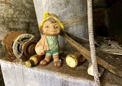 hippie garden gnome