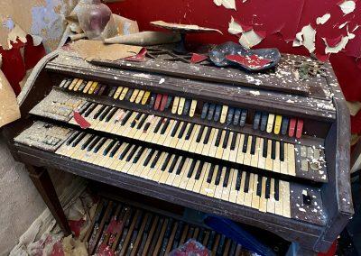 abandoned piano organ