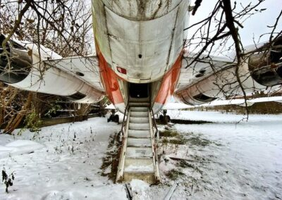 rear-of-abandoned-airplane