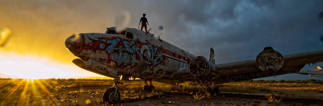 abandoned-airplane-sunset