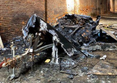 abandoned-boat-burned-on-trailer