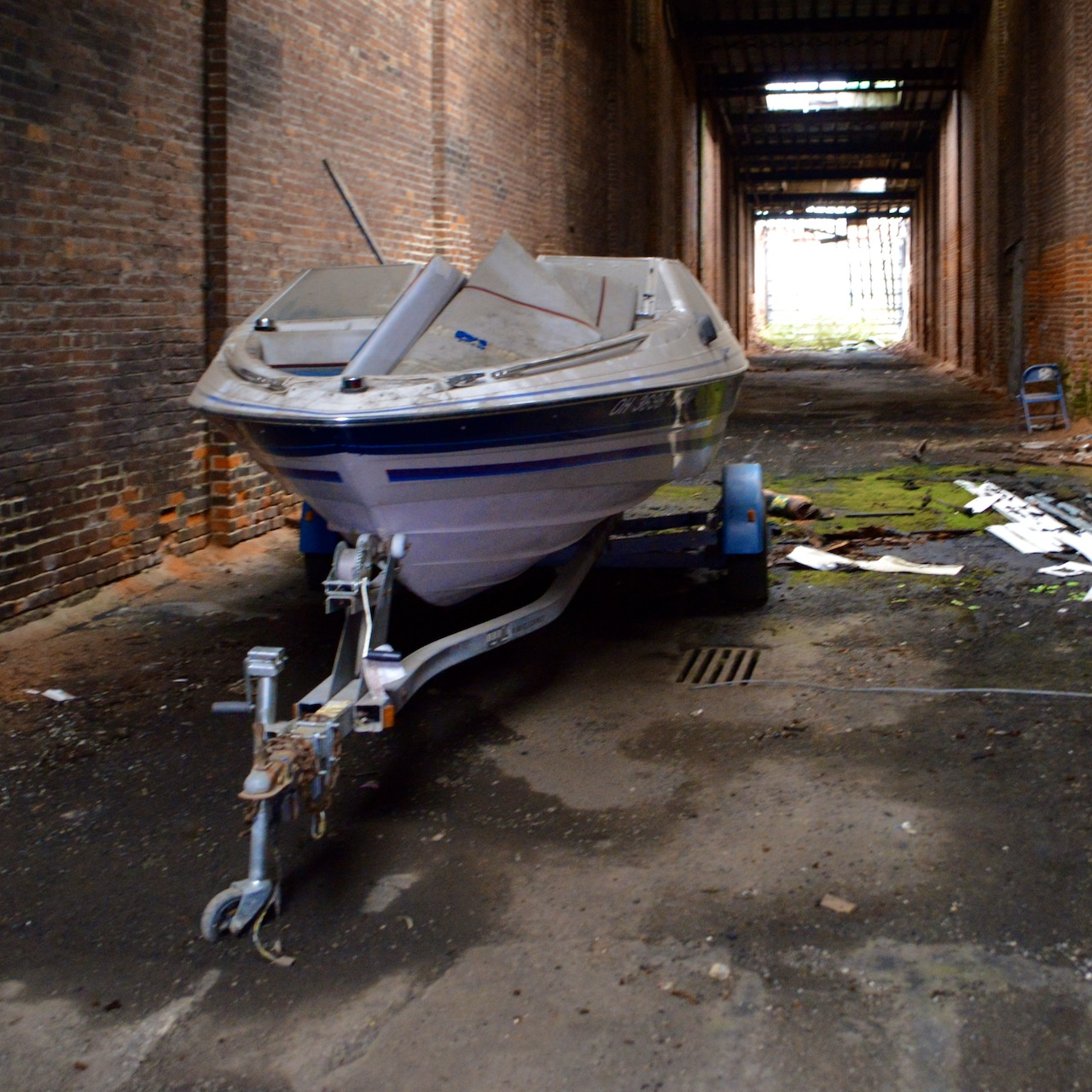 Abandoned-boat-in-storage