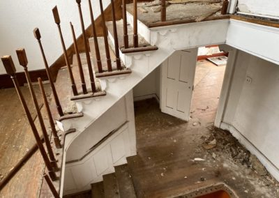 colonial house stair railing broken