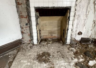 abandoned-victorian-fireplace