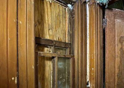 victorian-house-back-window