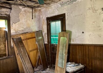 abandoned-house-victorian-back-room