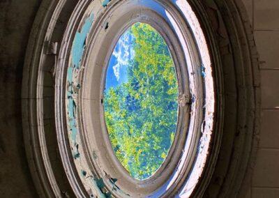 oval-victorian-window