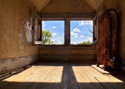 attic-room-2-windows-victorian-home