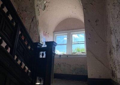 victorian-stair-landing-windows
