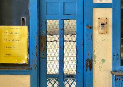 1900 blue school door mesh
