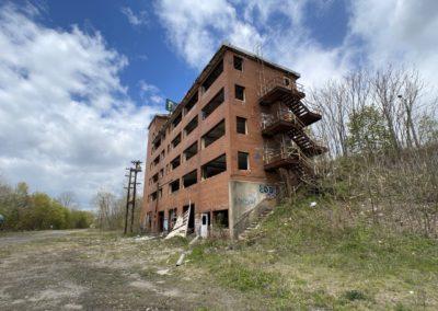 abandoned-train-railyard-ohio
