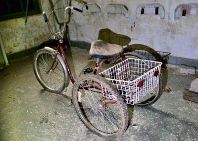 abandoned-trike