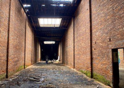abandoned-trolley-station-ohio-bays