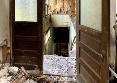 abandoned-trolley-station-ohio-doors-to-stairs