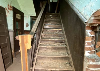 abandoned-trolley-station-ohio-stairs