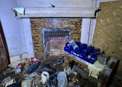 abandoned-victorian-house-fireplace