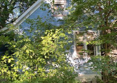 abandoned-victorian-house-dayton-back