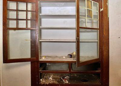 abandoned-victorian-house-dayton-built-in-bookshelf