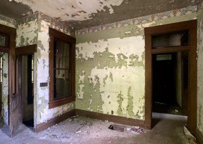 abandoned victorian mansion living room