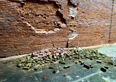 bricks-falling-off-wall-at-abandoned-place-in-ohio
