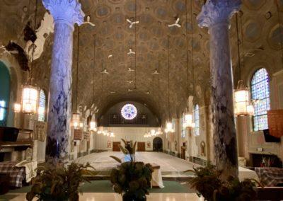 huge church sanctuary alter