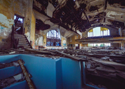 detroit abandoned church baptism pool