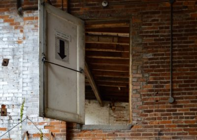 door-to-nowhere-dayton-carbarn
