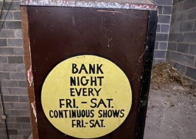 bank-night-theater-box-continuous-shows