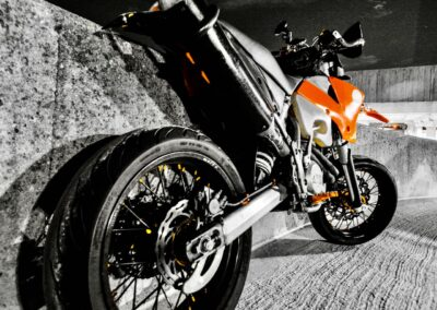 ktm-supermoto-orange-moonlight